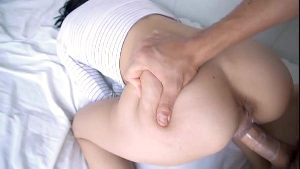 X videos gratis chupando buceta da novinha e comendo a puta de quatro
